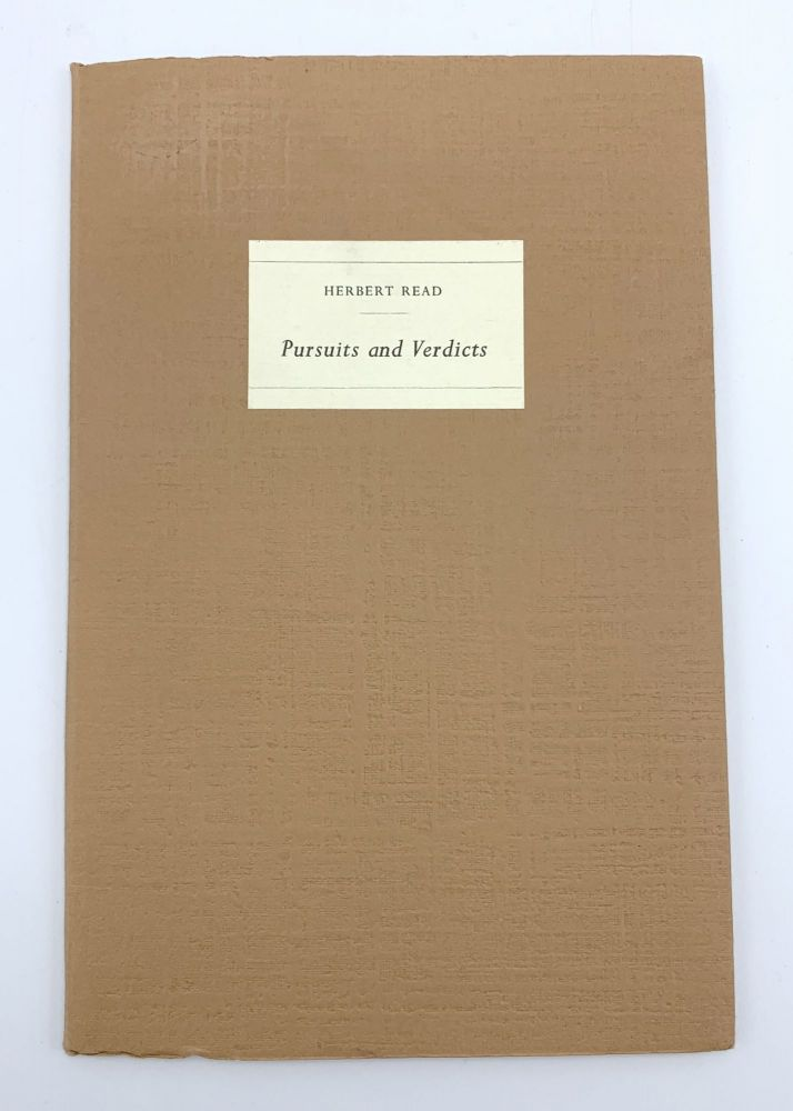 Pursuits & Verdicts. TRAGARA PRESS, Herbert READ, Graham GREENE.
